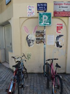 Der Tod trägt Hasenohren | Lyon | Frankreich
