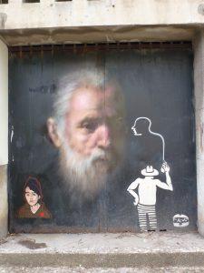 """Beeindruckend die Kombination aus """"Altem Meister"""" und Graffiti im Comic-Style. Lissabon, Street Art, Portugal"""