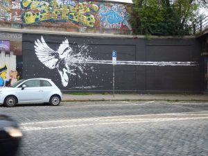 Graffiti, Taubenbekämpfung - Tumblinger Straße, München